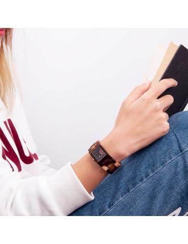 Montre en bois multi-couleur pour femme cadran carré noir rouge 1